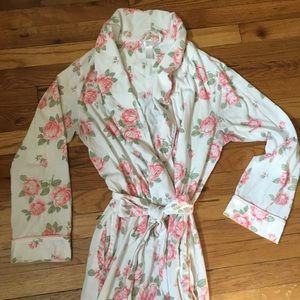 White with Pink Roses Lightweight Cotton Robe